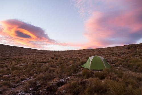 camping sunrise landscape southafrica hiking olympus tent bg omd lesotho kwazulunatal drakensberg 1250mm em5 monkscowl mountainhardwearskyledge21