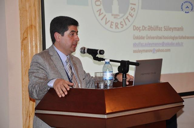 Prof. Dr. Nevzat Tarhan Azerbaycan 2. Uluslararası Psikoloji Konferansına katıldı 2