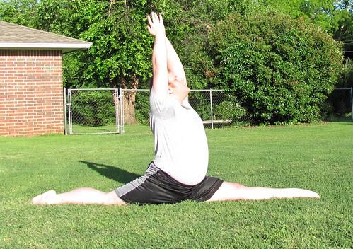 Stretching 5/21/15 - Forward split (Hanumanasana)