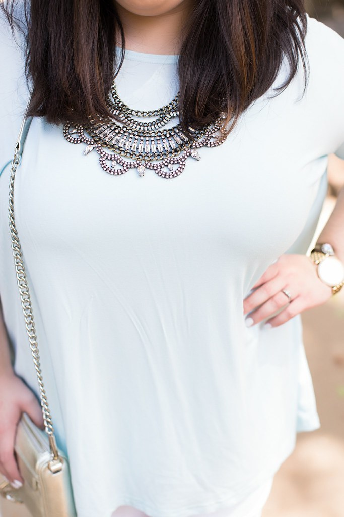 Head to Toe Chic, statement necklace
