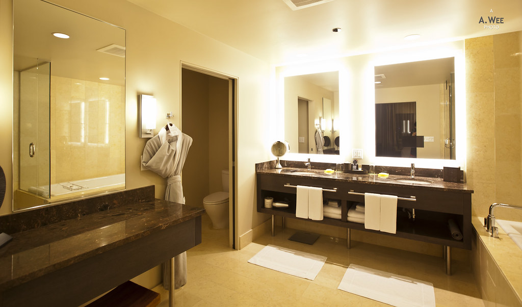 Luxurious Suite Bathroom