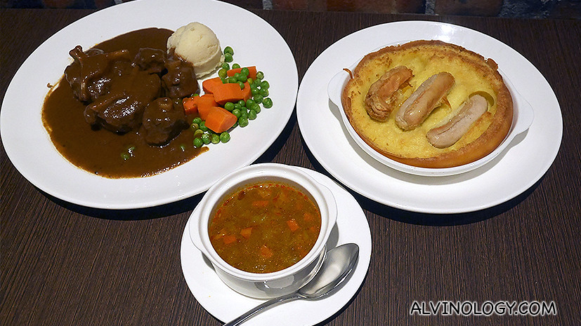 Anglo-Hainanese dishes