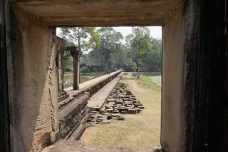 Baphuon temple causeway
