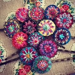 Bobbypins #embroidery #bobbypins #stickerei #stitches #bordado #broderie #haarschmuck