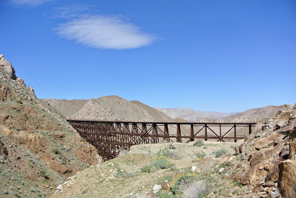 102.3-Goat-Canyon-trestle-with-cloud-DSC_4632