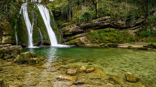 uk landscape waterfall yorkshire scenic malham yorkshiredales janetsfoss gordalebeck