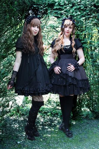 Gothic Lolitas in Wonderland