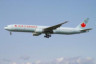 AirCanada_743_C-FIVW