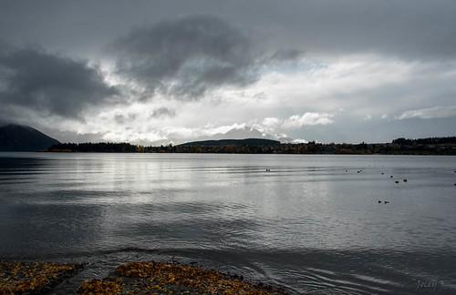 autumn newzealand sky clouds reflections ducks southisland centralotago wanaka mountians lakewanaka triptoanzacblipmeet