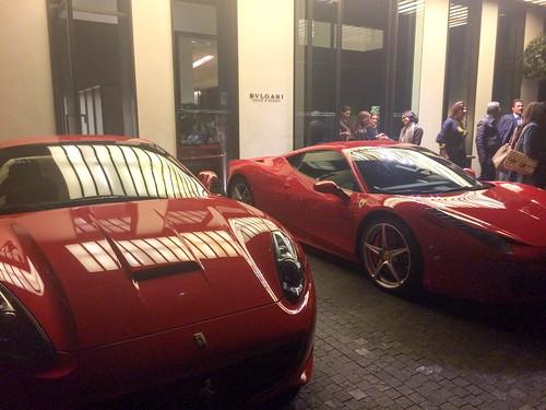 Ferraris en la puerta