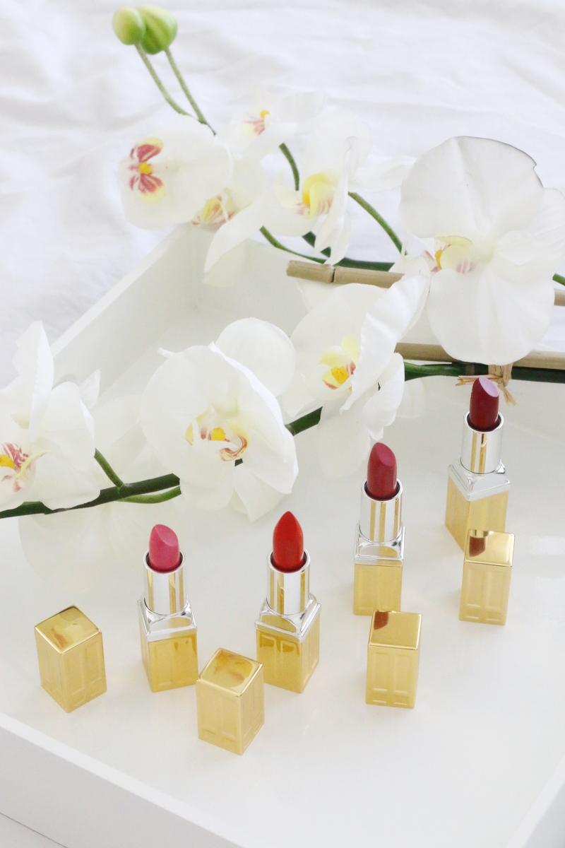 Elizabeth-Arden-Red-Door-lipsticks-4