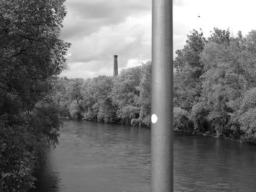 trees chimney bird forest river austria österreich sticker pole lamppost smokestack graz fluss mur wald bäume schornstein steiermark vogel aufkleber styria stange riverlandscape laternenmast flusslandschaft