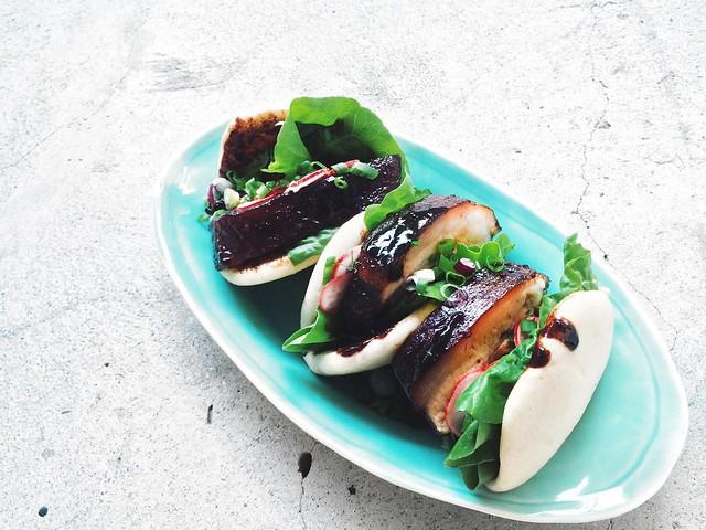 Kong Bak Pau (扣肉包)