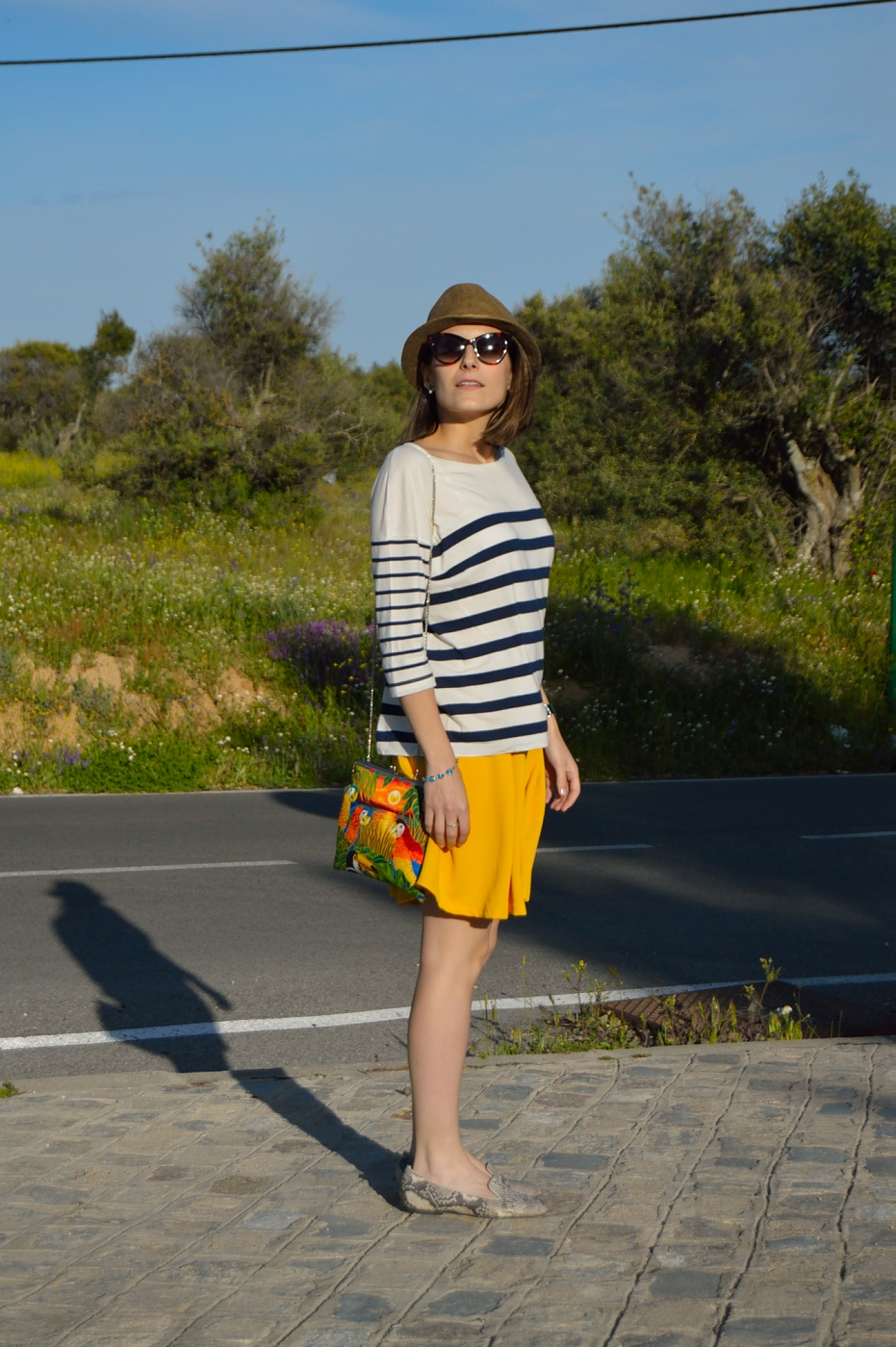lara-vazquez-mad-lula-style-fashion-blog-girl-shorts-spring-stripes