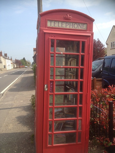 High Roding telephone box book exchange