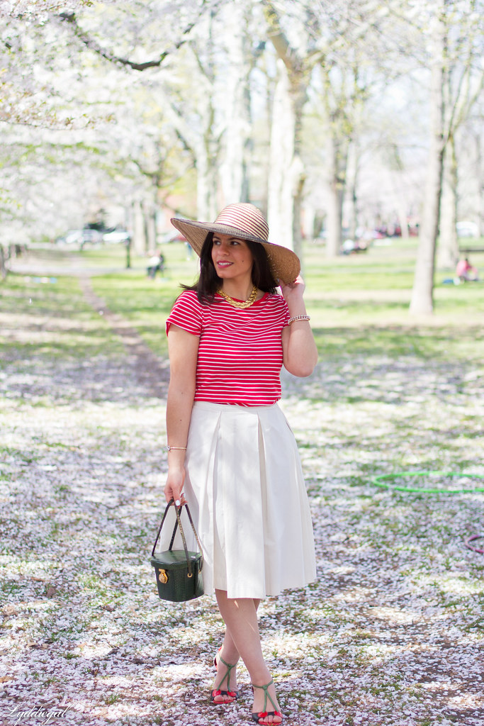 white pleated skirt, striped top, floppy hat-6.jpg