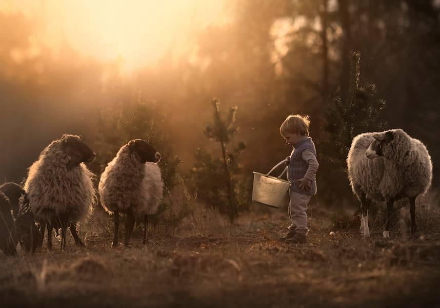 La photographe Elena Shumilova  nous explique comment photographier des enfants