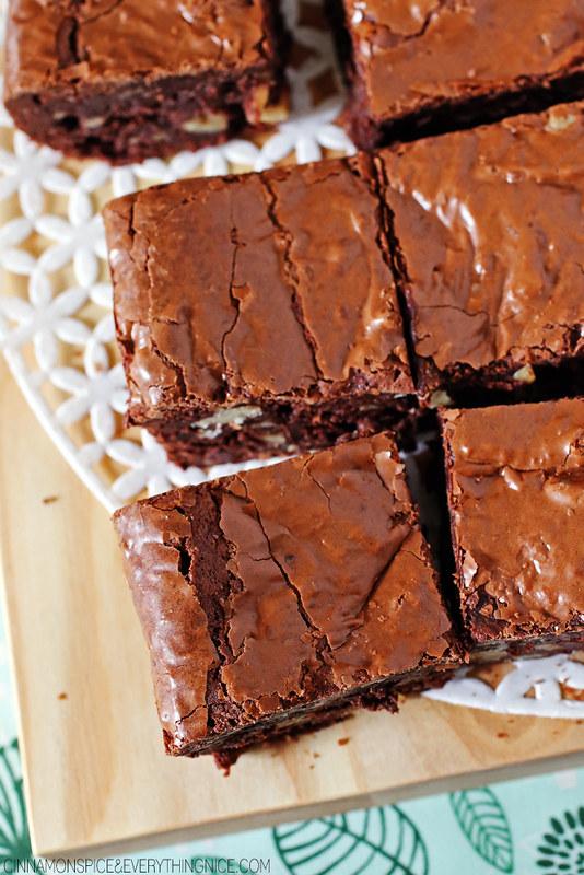 Flourless Fudge Brownies