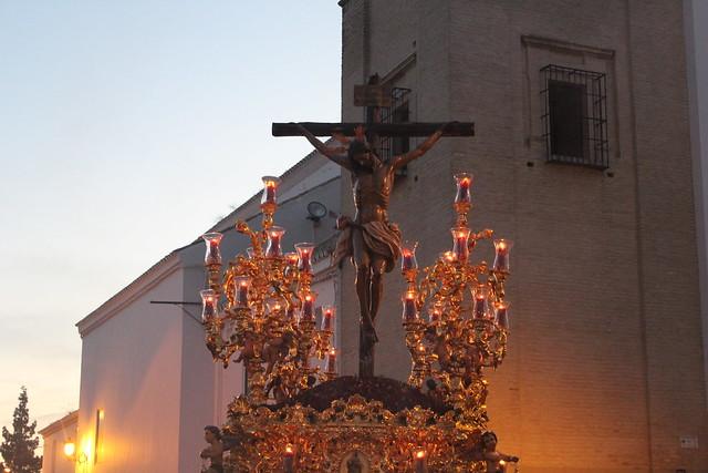 AionSur 16417679974_8980595c47_z_d Estampas de Viernes Santo, de luz y devoción por las calles de Arahal Cultura Semana Santa