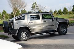 hummer h3(0.0), automobile(1.0), automotive exterior(1.0), sport utility vehicle(1.0), vehicle(1.0), hummer h2(1.0), hummer h3t(1.0), bumper(1.0), land vehicle(1.0), luxury vehicle(1.0),
