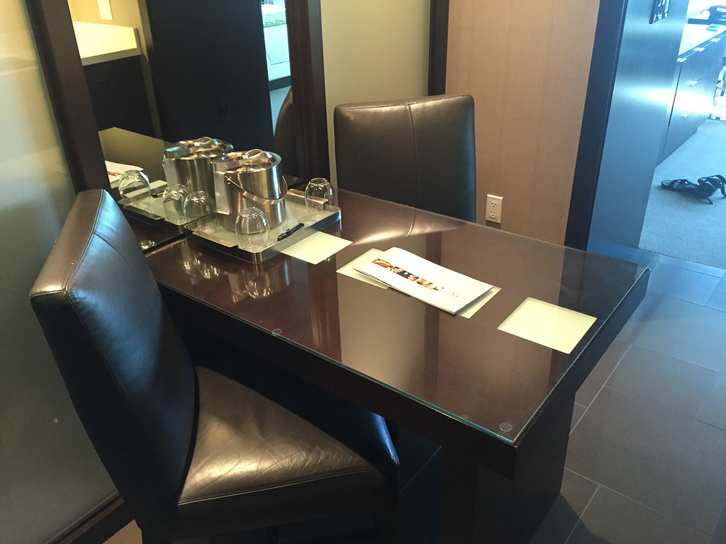 Small dining table in Deluxe Suite
