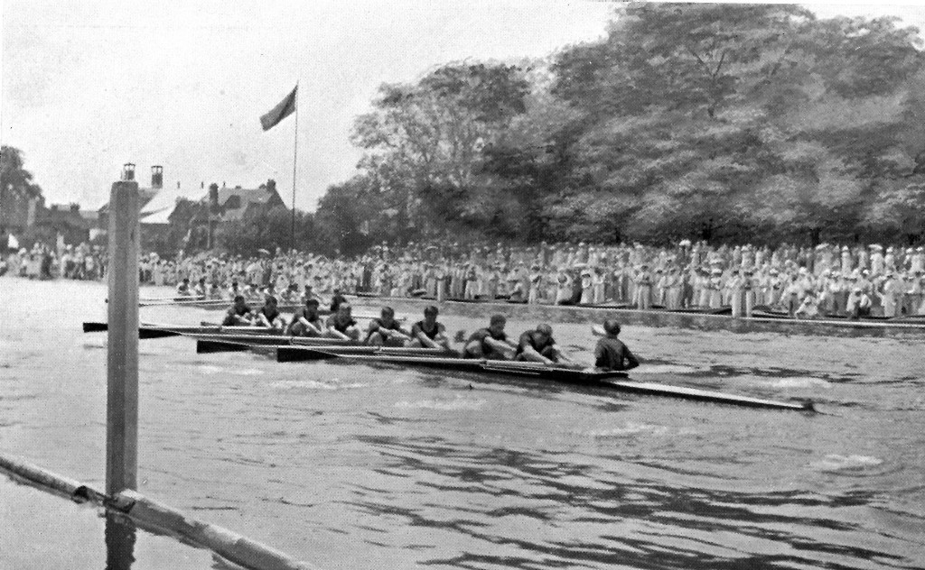 Leander Club v University of Pennsylvania, at Henley Regatta - B&W photo - July 1901