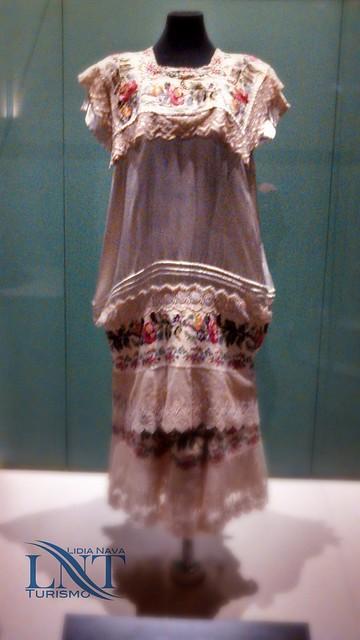 Vestido de mestiza exp hilos de historia LNT