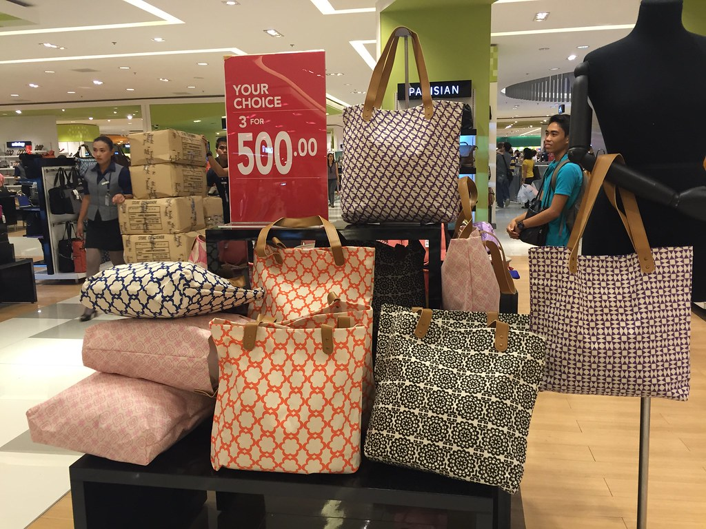 sm-mall-of-asia-big-summer-sale