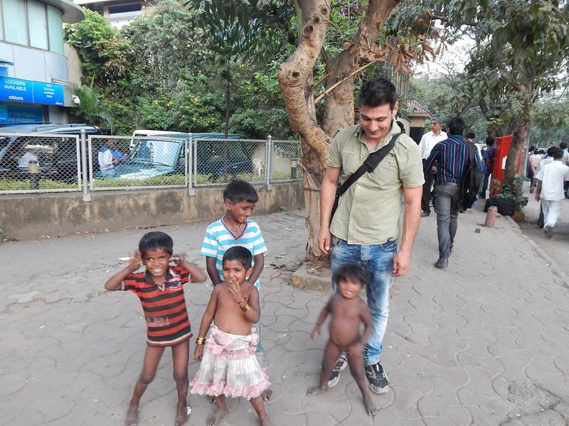 141221 Mumbai con Himanju Monthy e Idiota (48) (2304 x 1728)
