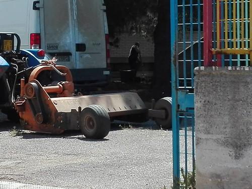 I lavori di pulizia di via Ginestre
