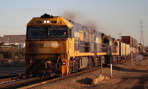 6mp5 pacific national pacnat dry creek doo sunset double stacked intermodal railpage nr11 nr64 nr29