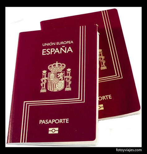 Spanish passports