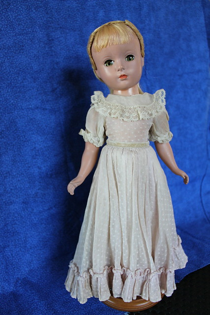 "Madame Alexander 14"" Little Women Amy"