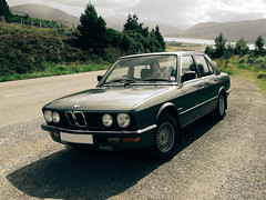 executive car(0.0), bmw 315(0.0), bmw e9(0.0), bmw new six(0.0), convertible(0.0), sports car(0.0), automobile(1.0), automotive exterior(1.0), vehicle(1.0), performance car(1.0), sports sedan(1.0), bmw 6 series (e24)(1.0), sedan(1.0), land vehicle(1.0), luxury vehicle(1.0),