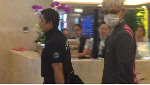 BIGBANG arrival Shenzhen Airport 2015-08-07 (3)