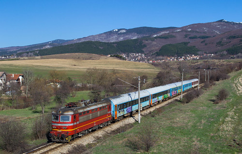 sofia locomotive railways skoda 5611 bdz 44201 vladaya kulata 68e dragitchevo