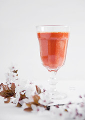 Smoothie with beetroot and carrot