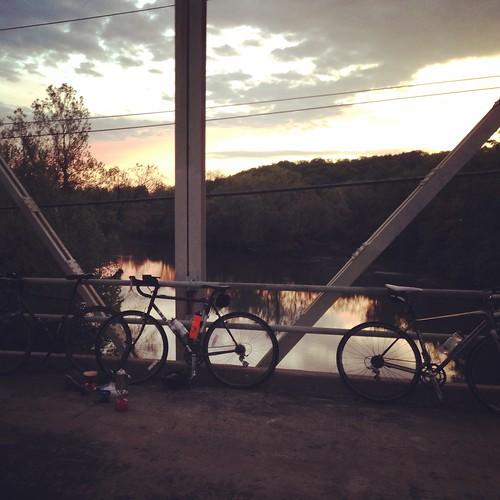 Springfield Sunrise Coffee  & Bicycle Club ride to Galloway Greenway iron bridge.
