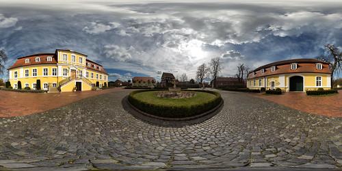 Schloss Bismarck (360 x 180)