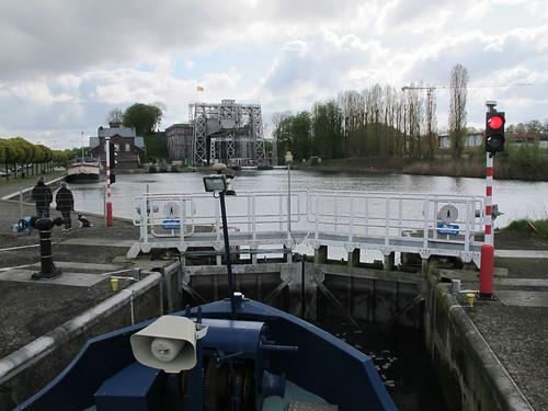 Strépy-canal-22-04-2016-10-46-34