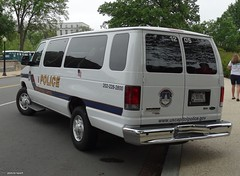 US Capitol Police - 2012 Ford E350 Van (2)