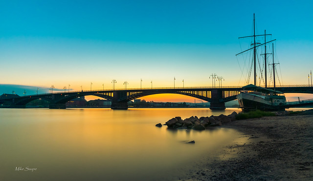 Theodor Heuss Bridge Mainz