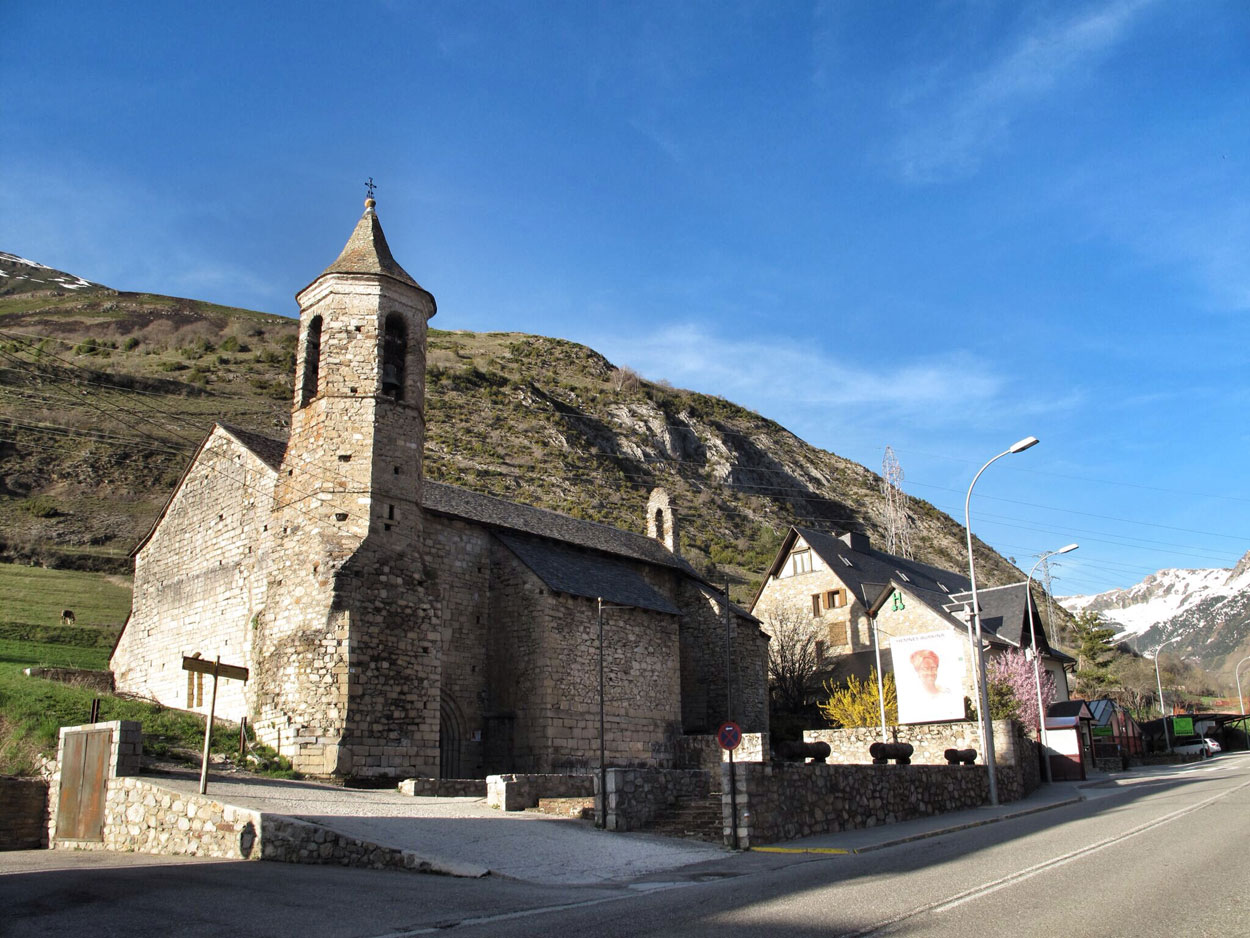Iglesia de Sant Joan d'Arties (Val d'Aran)_rio garona_cuartel_almacen_otros usos