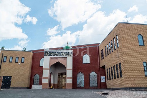 X104_3112 Oldham Central Masjid