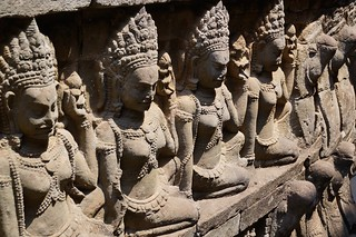 Figures at Terrace of the Elephants
