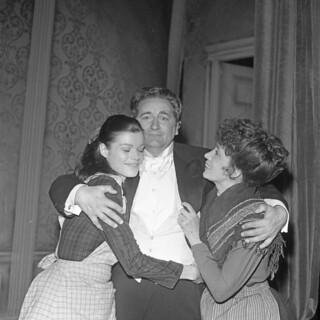 Bergljot Engeset, Rolf Berntzen og Karin Simonnæs i teaterstykket Vildanden (1967)