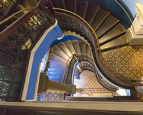 architecture stairs sydney australia qvb