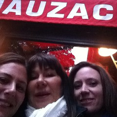 You have to go to #lemauzac for dinner at least once - it's a parisienne Denny's
