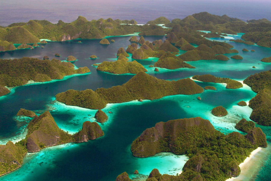 25 reasons why you should never travel to Indonesia