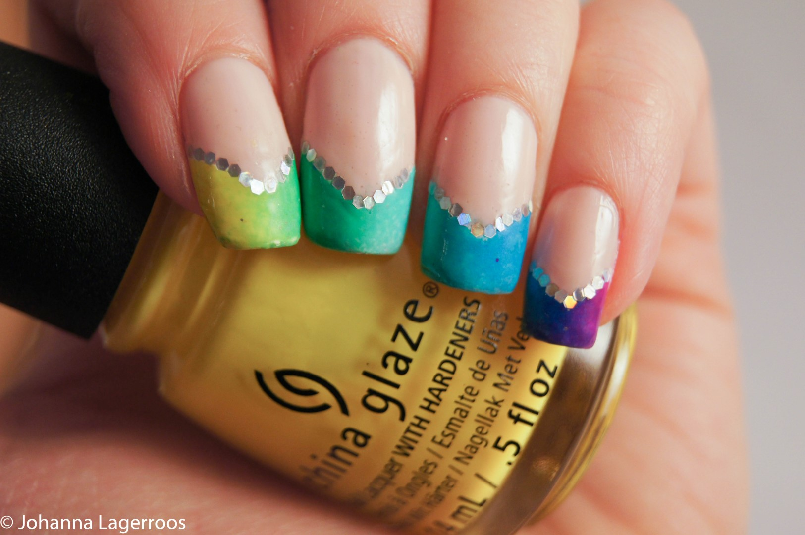 rainbow tip nails